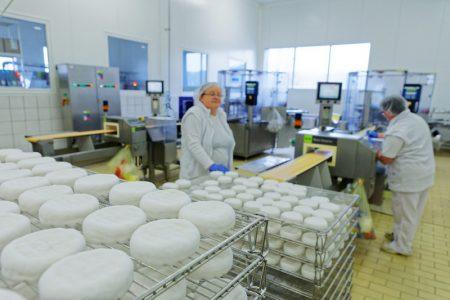 Tatranská mliekareň prosperuje aj vďaka spolupráci s Tescom