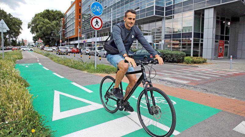 Nehôd cyklistov pribúda